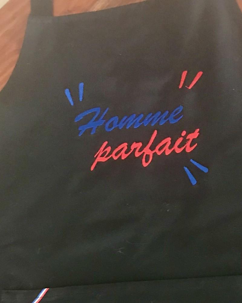 détail broderie EXEMPLE  fabriqué et tissé en France pur coton