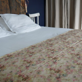 chemin de lit Garance  fabriqué et tissé en France pur coton